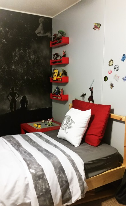DIY Star Wars Bedding- One Room Challenge, Week 4 | Trailer Trash ...